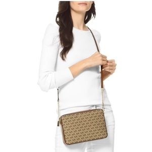 NWT Michael Kors Signature Jet Set LG crossbody